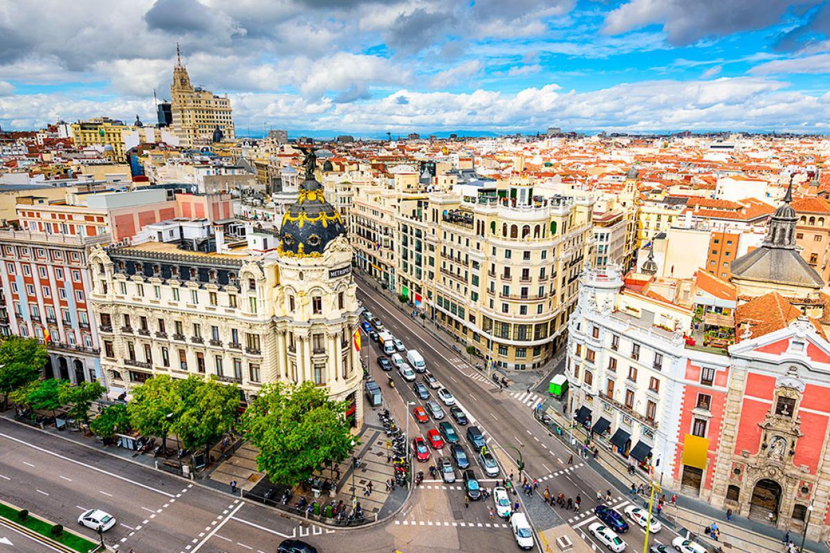 Barcelona y Madrid, España