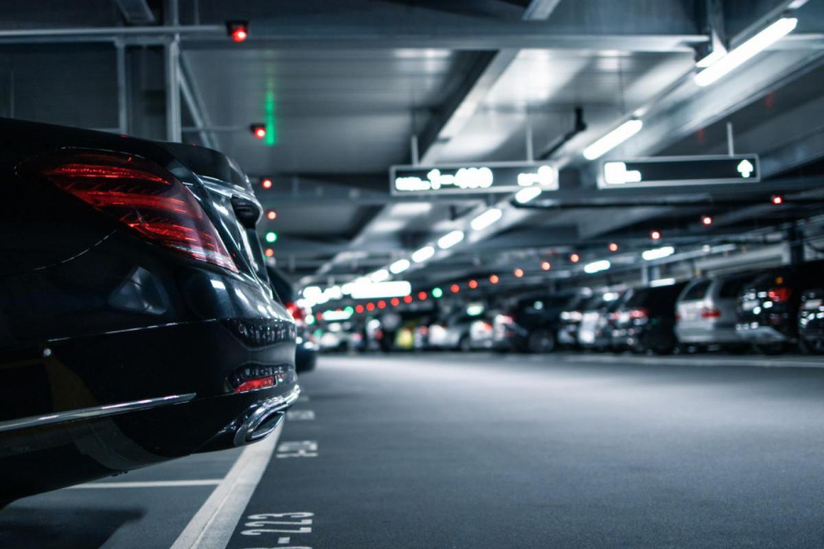 Blinkay y EYSA aportan su tecnologia a la red de parkings disuasorios Aparca+T