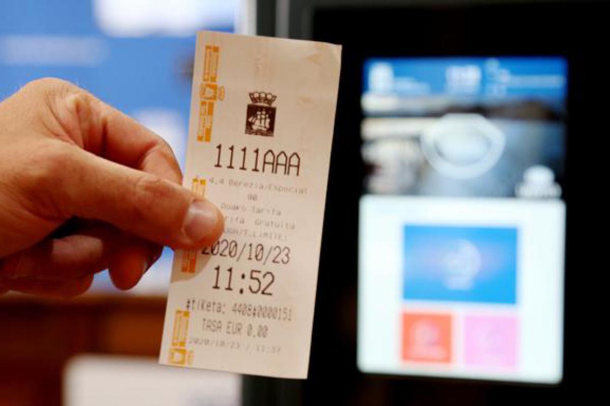 Las nuevas máquinas de la OTA de Donostia permitirán ajustar el dinero pagado al tiempo usado
